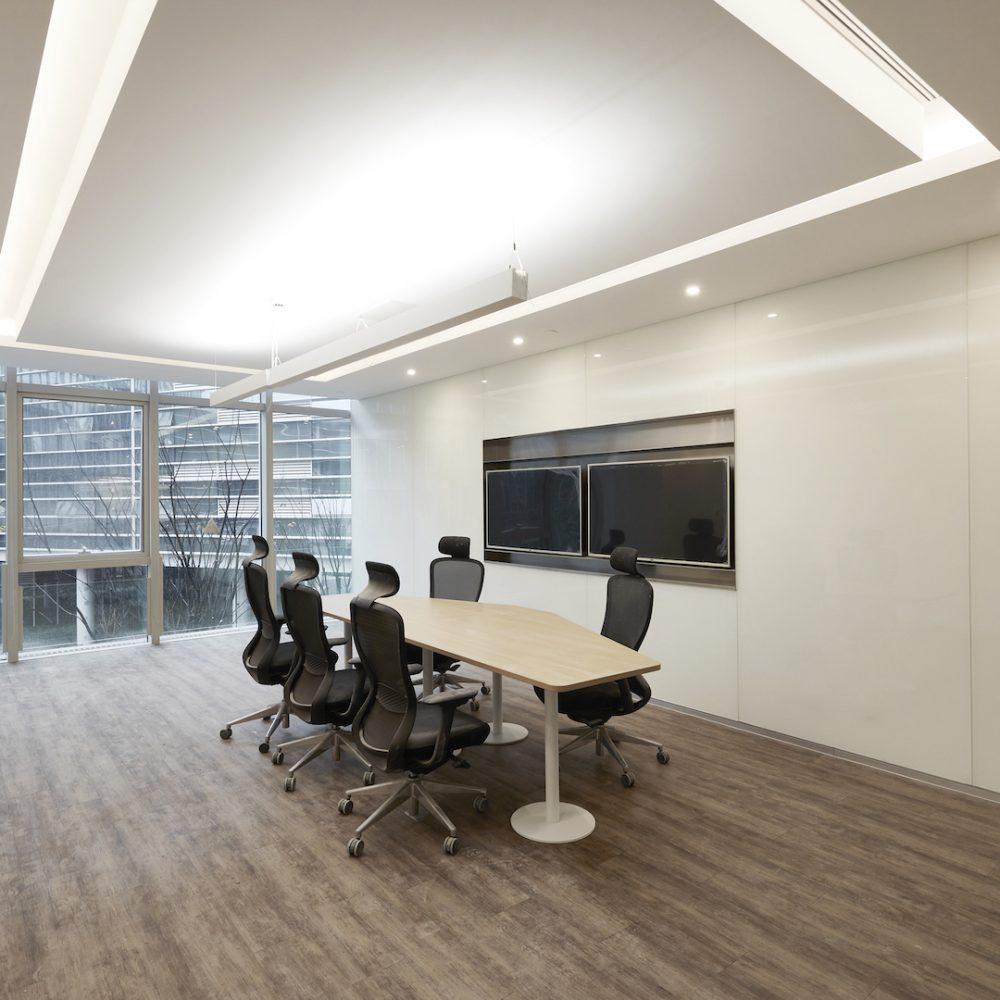 Alibaba-VOXFLOR-Carpet-Tiles-01-
