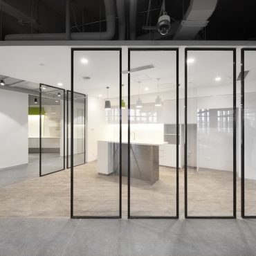 Alibaba-VOXFLOR-Carpet-Tiles-03