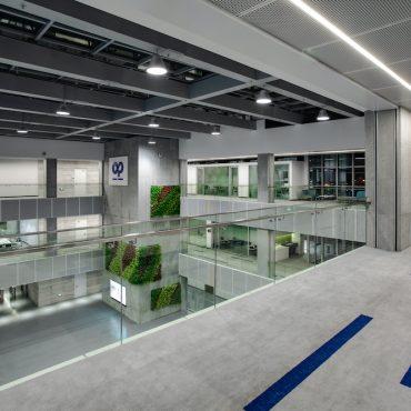 Plastic-Omnium-VOXFLOR-Carpet-Tiles-04